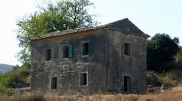 Palaia Peritheia Village Big House